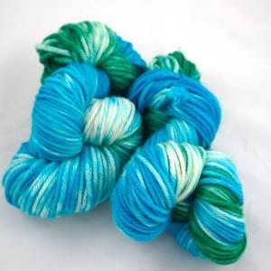"""Hand Dyed 100% Superwash Merino Wool Bulky Weight Yarn, """"Seaside"""" 137 yards"""